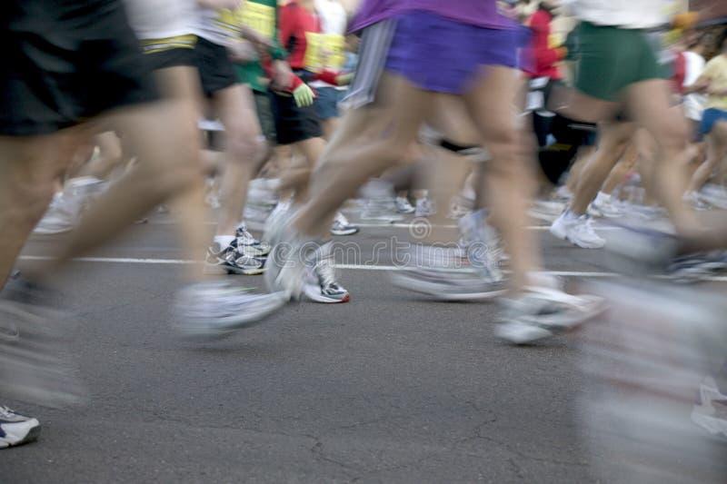 biegacze maratonów zdjęcia stock