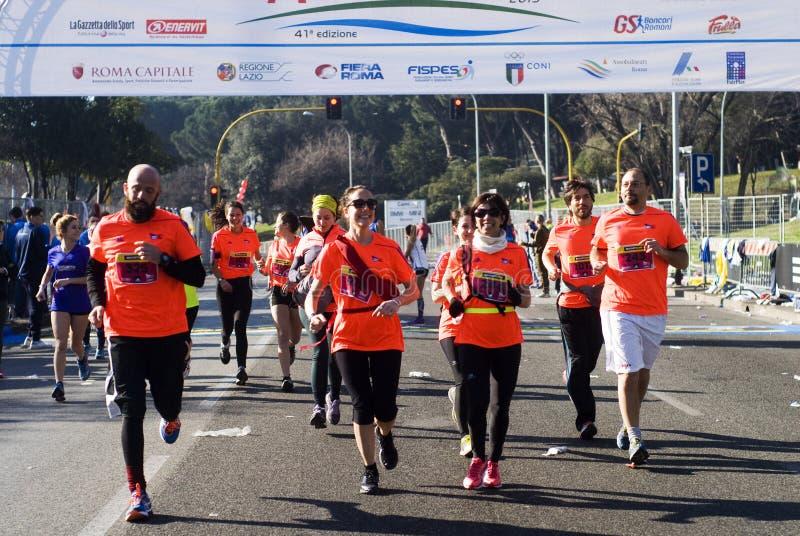 Biegacze w Rzym połówki maratonie zdjęcia royalty free