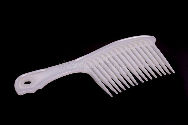 Biel grępla dla czesać długie włosy obraz royalty free