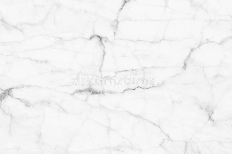 Biel marmurowa tekstura, wyszczególniająca struktura marmur w naturalny wzorzystym dla tła i projekt, zdjęcie stock