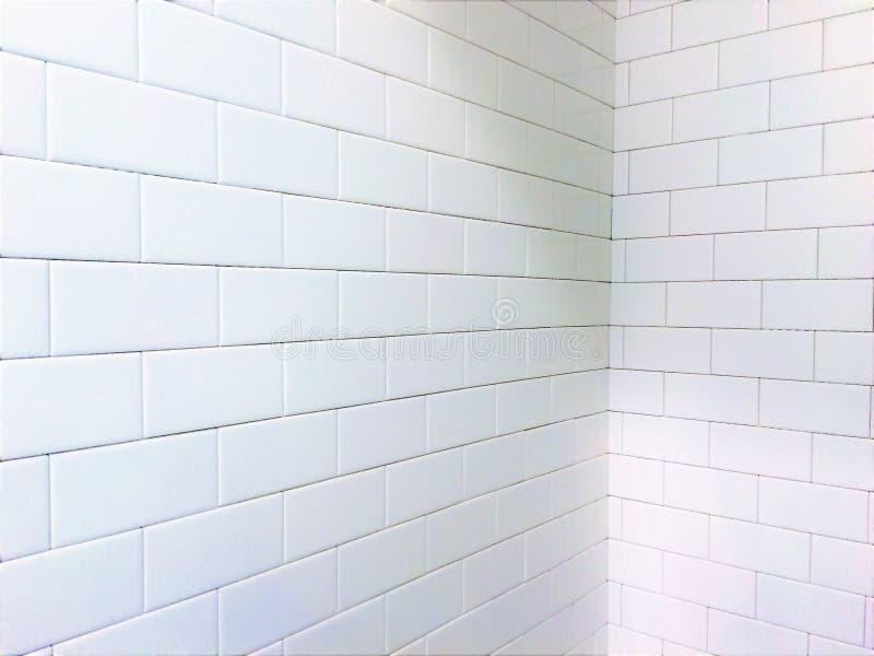 Biel płytki prysznic metra wzór zdjęcia stock