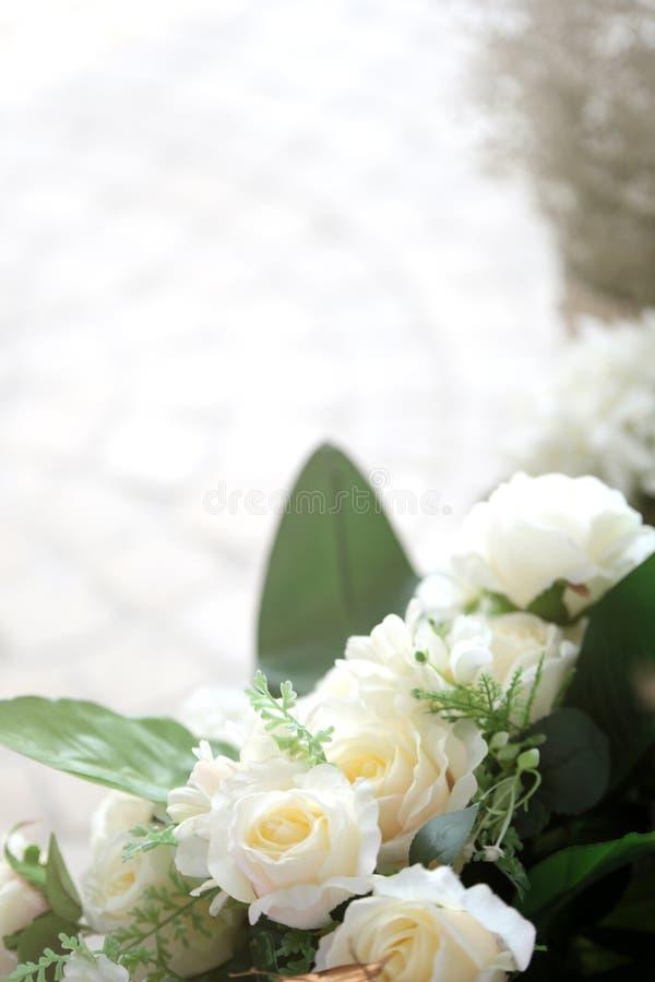 Biel róży dekoracja w restauraci zdjęcie stock