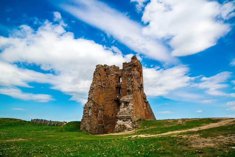Bielorrusia, el castillo en Novogrudok fotografía de archivo