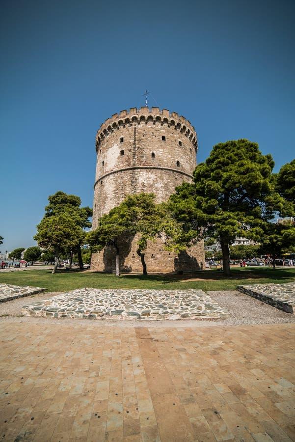 Bielu wierza Saloniki, Grecja - dzień z Szerokim kątem Le obrazy stock