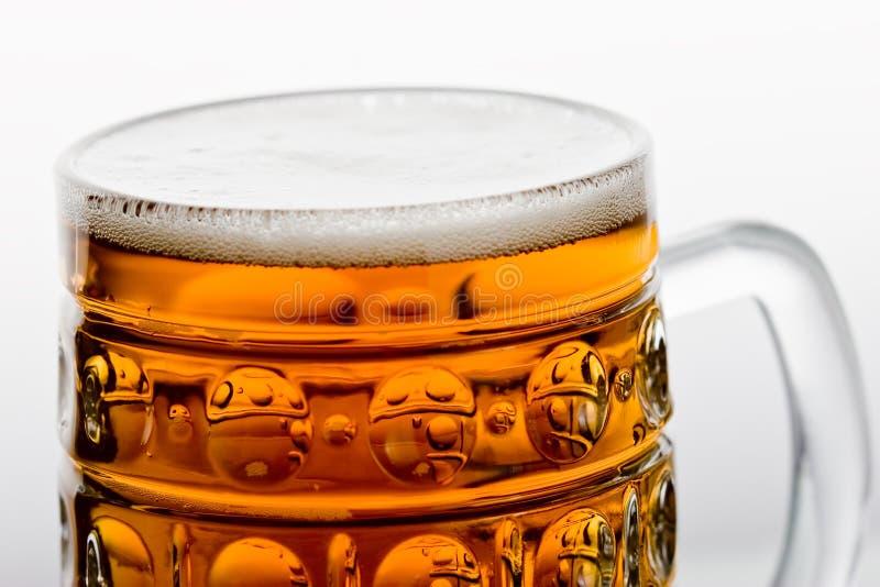 Download Bier stockfoto. Bild von bier, klumpen, glas, waren, schnitt - 9093732