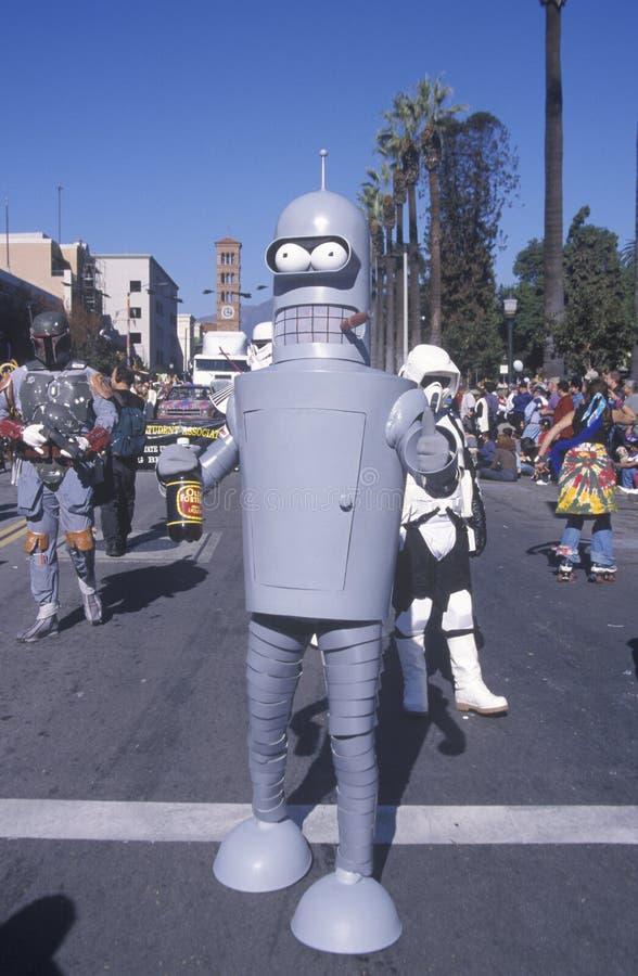 Bier drinken, sigaren rokende robot die in Doo Dah Parade, Pasadena, Californië marcheren stock foto