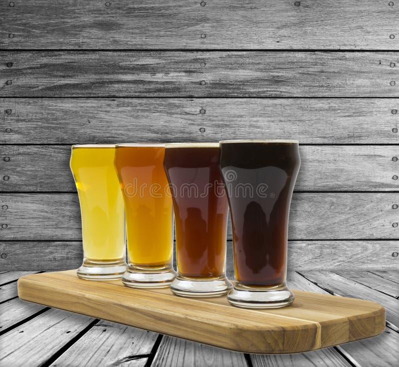 Bier-Flug lizenzfreie stockfotos