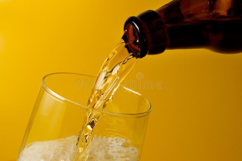 Bier gedient stockbilder