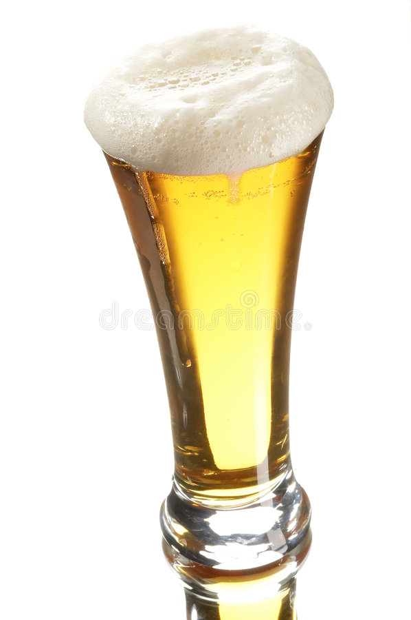 Bier im Glas lizenzfreie stockfotografie