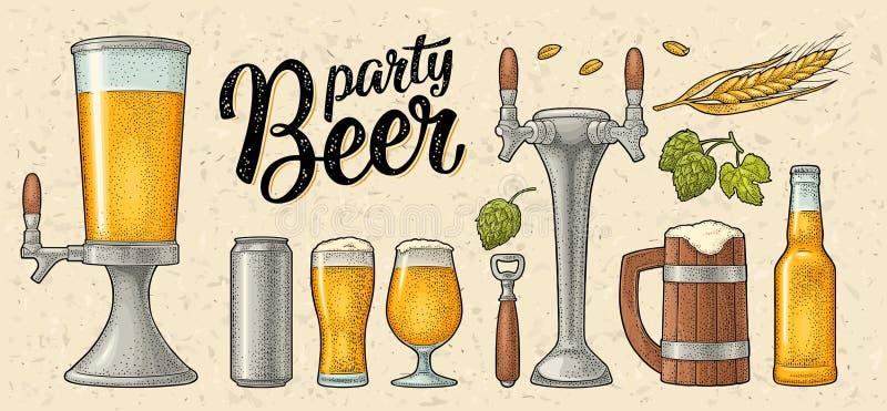 Bier met houten mok, kraan, glas, hop, fles wordt geplaatst die gravure royalty-vrije illustratie