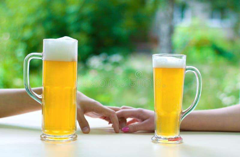 Bier vereinigen lizenzfreie stockfotos