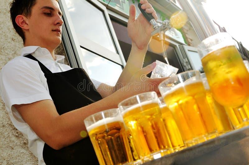 Bierbuffet lizenzfreies stockbild