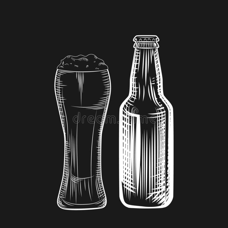 Bierfles en glas Stijl graven Freehand-illustratie geïsoleerd vector illustratie