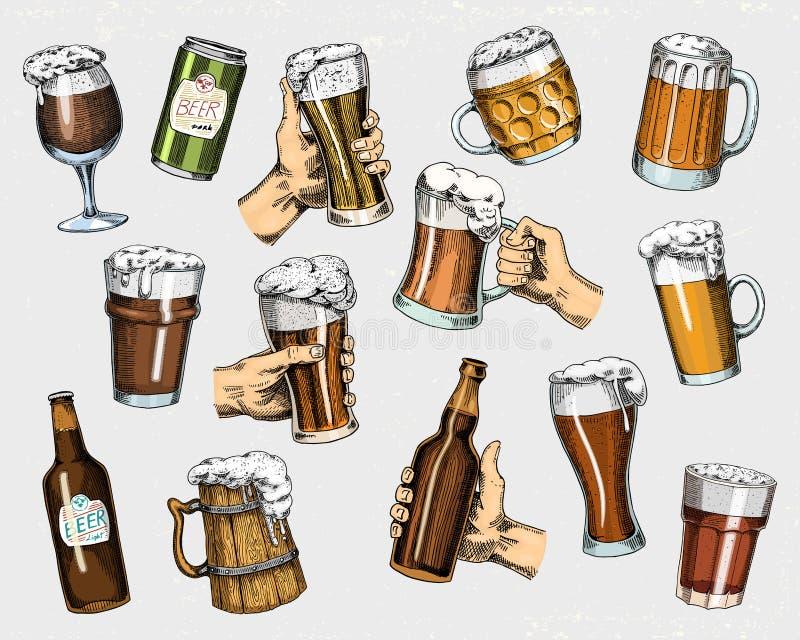 Bierglas, mok of fles van het meest oktoberfest in inkthand wordt in oude schets en uitstekende stijl voor Web, uitnodiging wordt royalty-vrije illustratie