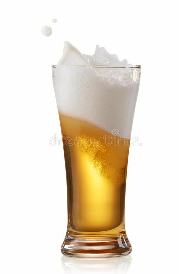 Bierspritzen lizenzfreie stockfotos