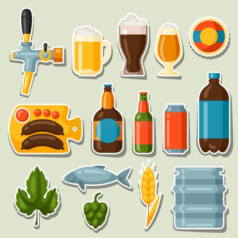 Bierstickers en voorwerpen voor ontwerp worden geplaatst dat stock illustratie