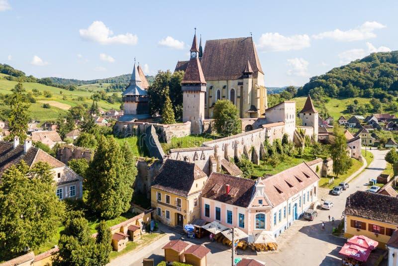 Biertan miasteczko i Biertan lutheran ewangelicki warowny kościół ja zdjęcia stock