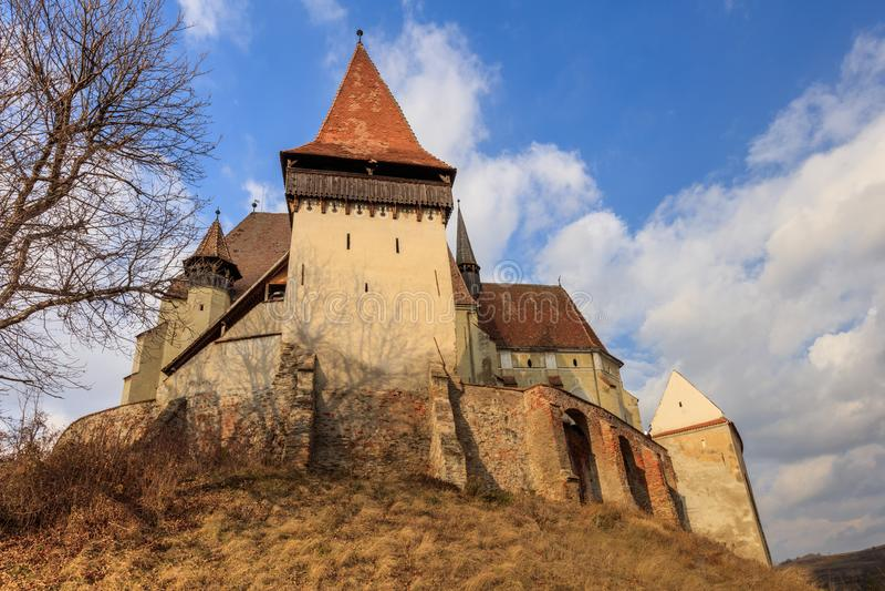 Biertan stärkte kyrkan i Transylvania, Rumänien royaltyfria bilder