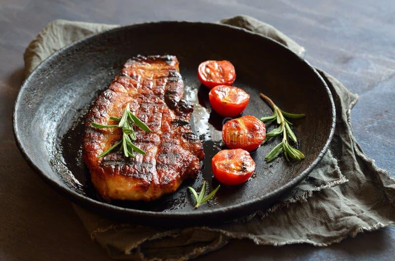 Bife fritado da carne de porco imagem de stock