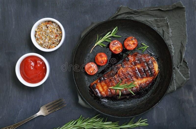 Bife fritado da carne de porco foto de stock