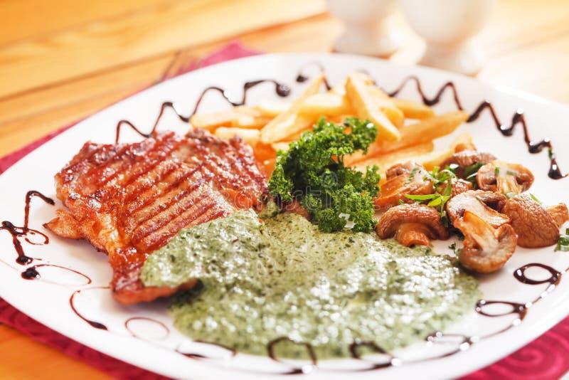 Bife grelhado foto de stock