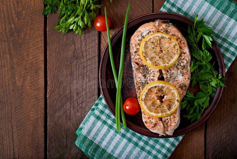 Bife salmon cozido fotografia de stock royalty free