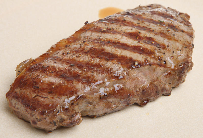 Bife suculento do Sirloin imagem de stock royalty free