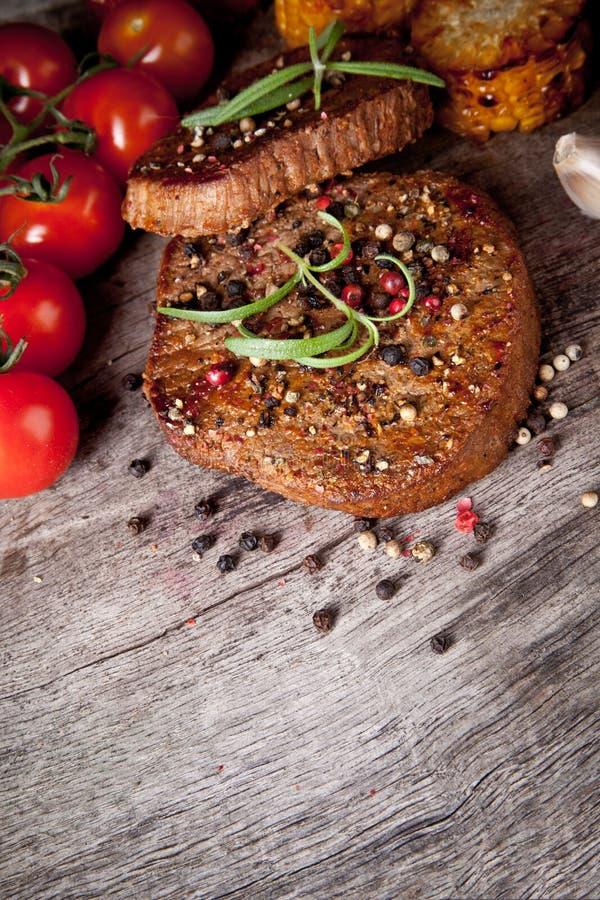 Bifes da carne foto de stock