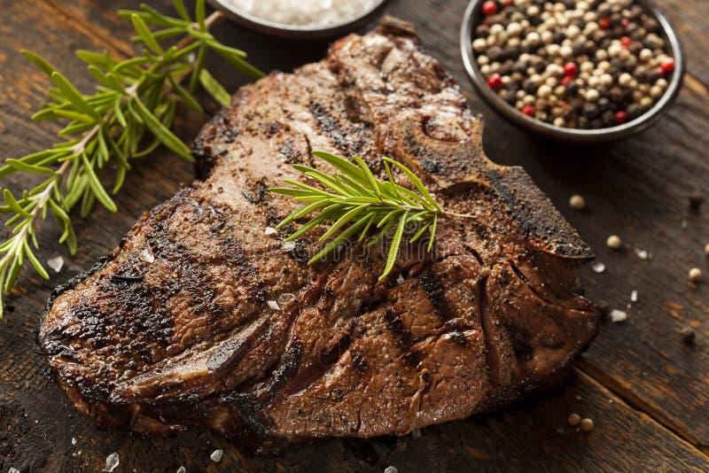 Bifteck à l'os grillé de BBQ image libre de droits