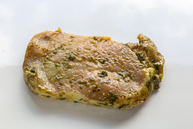 Bifteck de gril rare en marinade photo stock