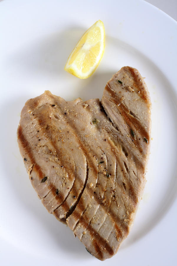 Bifteck de thon grillé image libre de droits