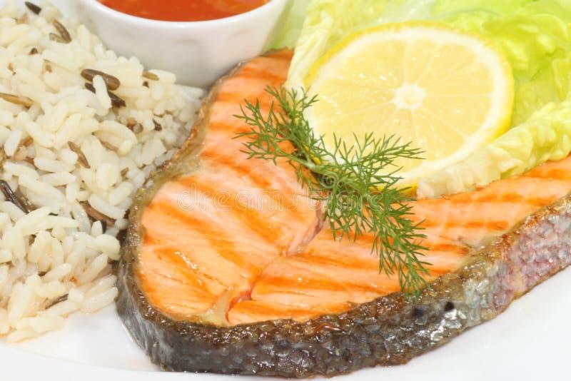 Bifteck grillé de truite saumonée images libres de droits