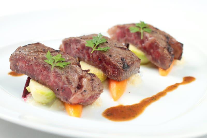 Bifteck servi de la façon non traditionnelle photo stock