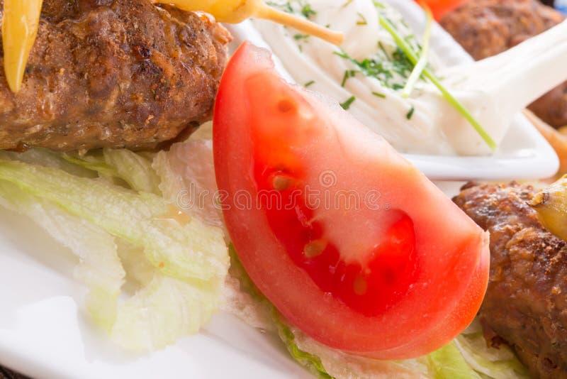 Download Bifteki stock afbeelding. Afbeelding bestaande uit dining - 29509737