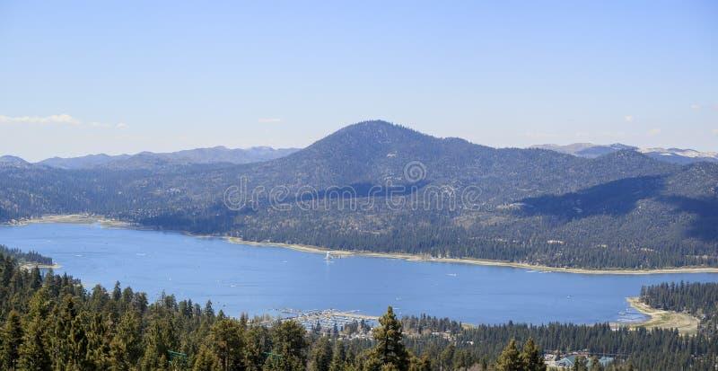 Big Bear sjö nära Los Angeles arkivbild