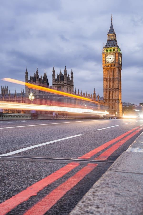 Big Ben am Abend, London, Vereinigtes Königreich lizenzfreie stockfotos