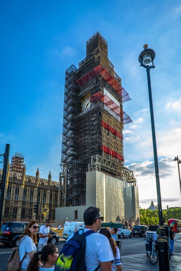 Big Ben, Camere del ponte di Westminster e del Parlamento a Londra, Regno Unito fotografia stock libera da diritti