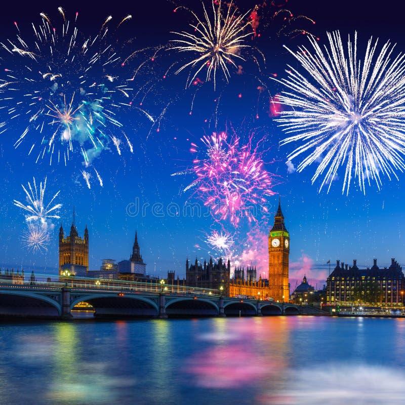 Big Ben e ponte de Westminster em Londres na noite, Reino Unido fotos de stock royalty free