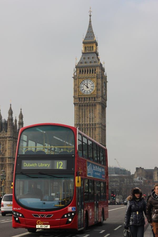 Big Ben en bus royalty-vrije stock afbeelding