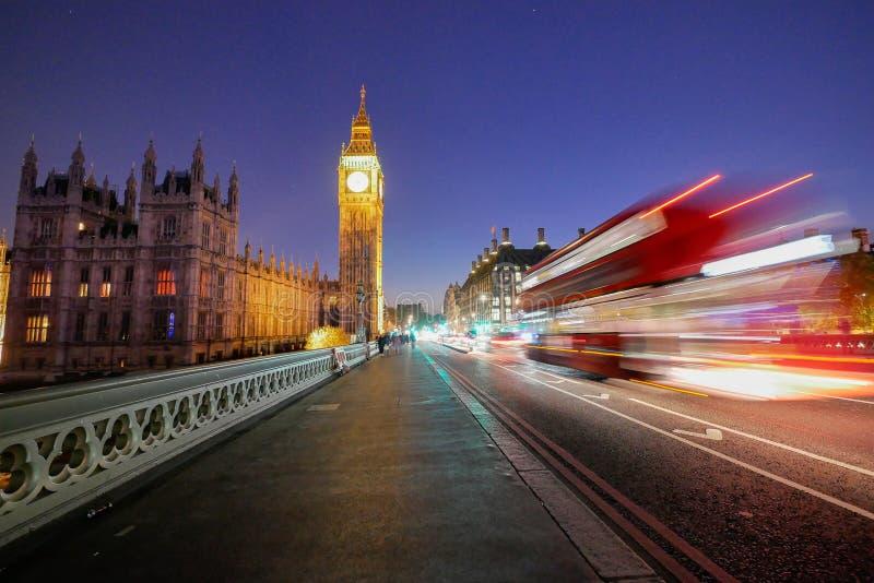 Big Ben en de abdij van Westminster in Londen, Engeland stock afbeelding