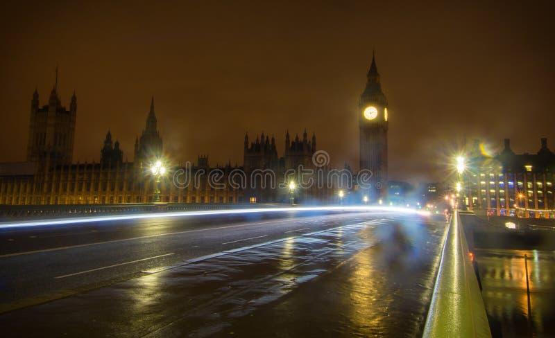 Big Ben en la noche imagen de archivo libre de regalías