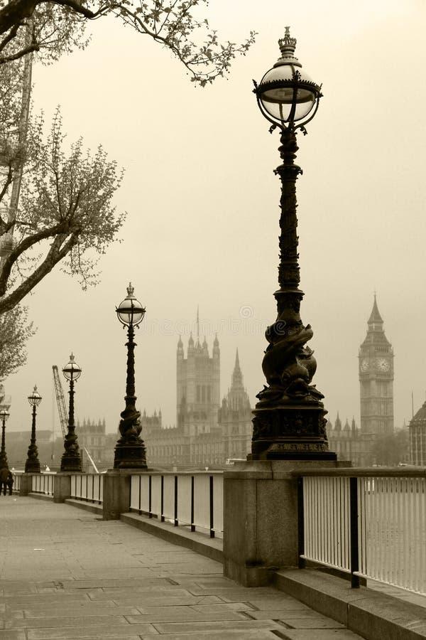 Download Big Ben & Houses Of Parliamen Stock Photo - Image of parliament, lamppost: 27070804