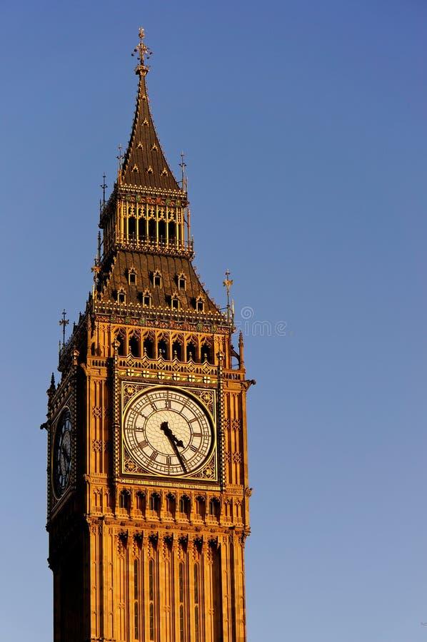 Big Ben i den soliga dagen arkivbild