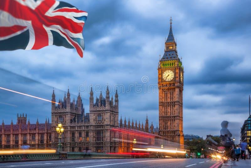 Big Ben i dom parlament przy nocą, Londyn, UK obraz stock