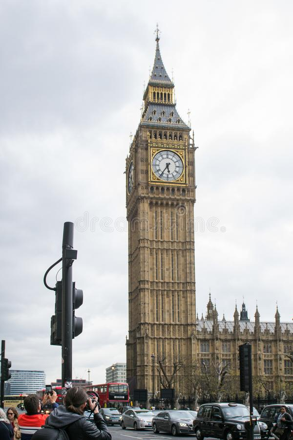 Big Ben i London - sikt royaltyfri fotografi