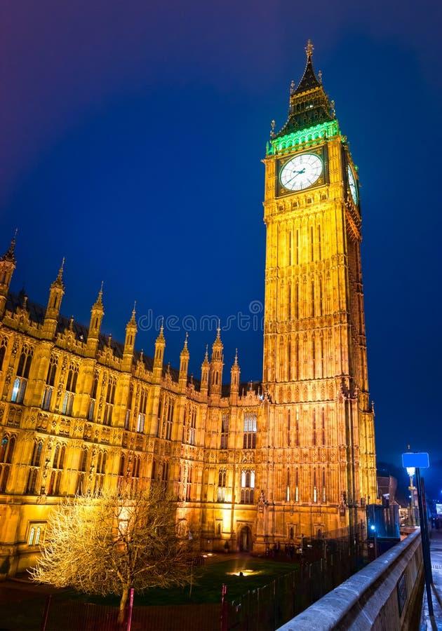 Download Big Ben, Londyn, UK. zdjęcie stock. Obraz złożonej z błękitny - 28952520