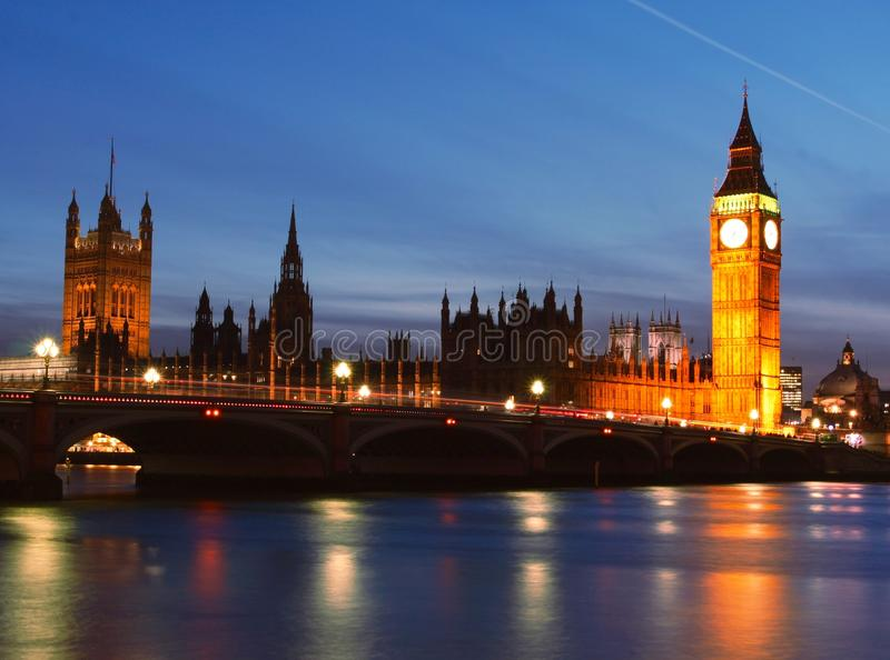 Big Ben nachts lizenzfreie stockfotografie