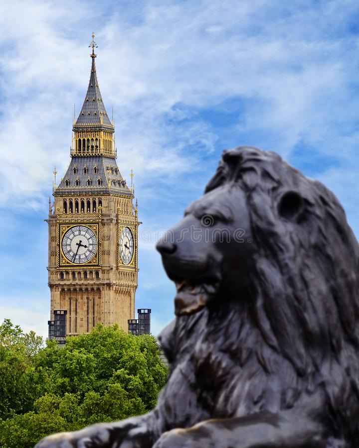 Big Ben Przeglądał od Trafalgar Square, Londyn obraz royalty free