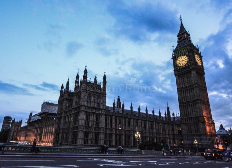 Big Ben-Sonnenunterganglicht lizenzfreie stockfotografie
