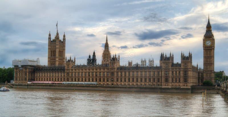 Big Ben und das Parlament HDR stockbilder